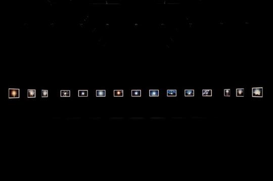 「太陽」展示風景「光 松本陽子/野口里佳」国立新美術館 / 2009年 / 撮影:上野則宏 /(C)2009.NOGUCHI RIKA ALL Rights Reserved.