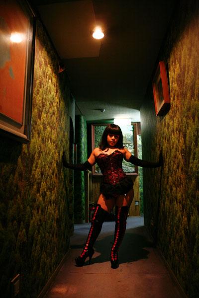 corsetier0802_top.jpg
